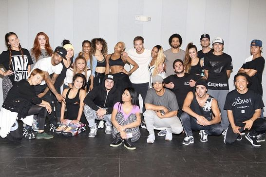 Best Celebrity Instagrams From The 2015 Billboard Music Awards #refinery29  http://www.refinery29.com/2015/05/87597/best-celebrity-instagrams-billboard-music-awards#slide-2  Nicki Minaj posts a photo of her crew, still rehearsing with just hours to go before the big show.