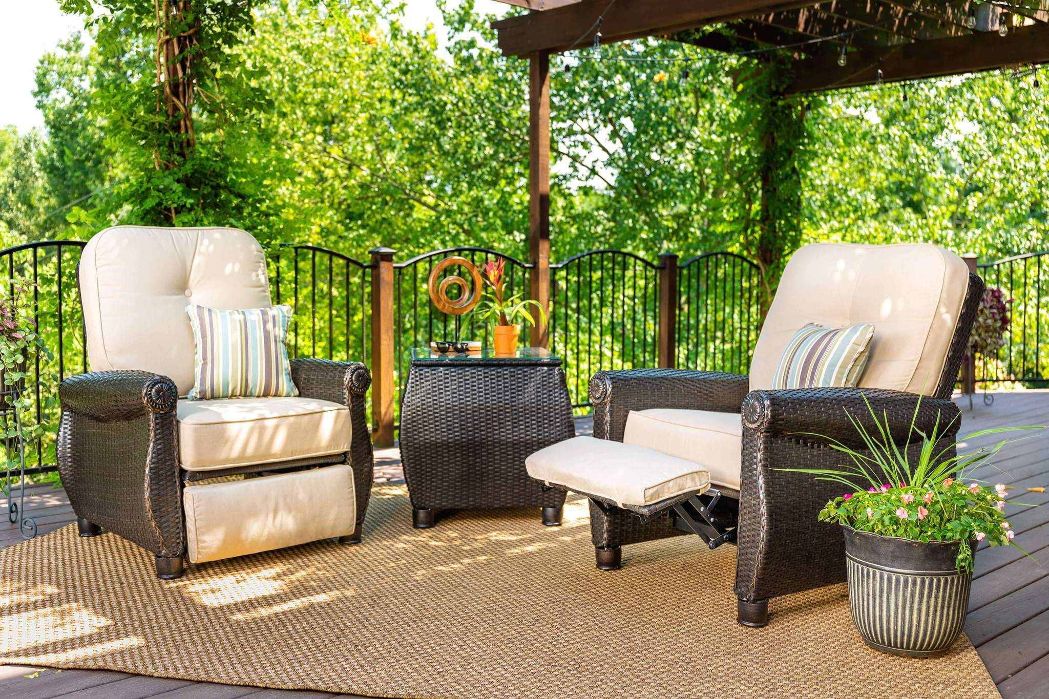 Breckenridge patio recliner natural tan patio