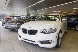 The latest new car reviews, consumer reviews, new car video reviews and car ratings.