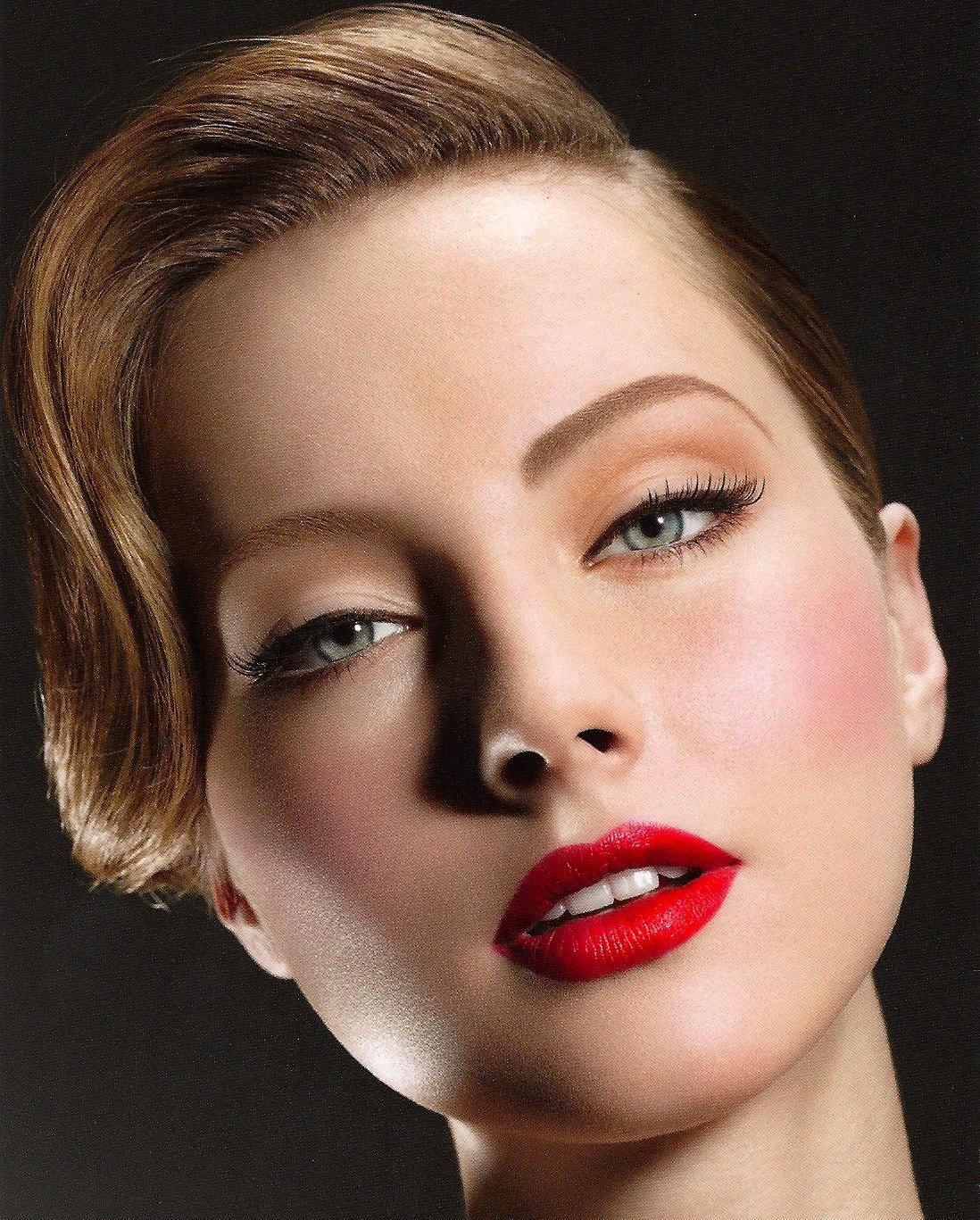 Iconic beauty spadelic makeup beauty Glamour makeup