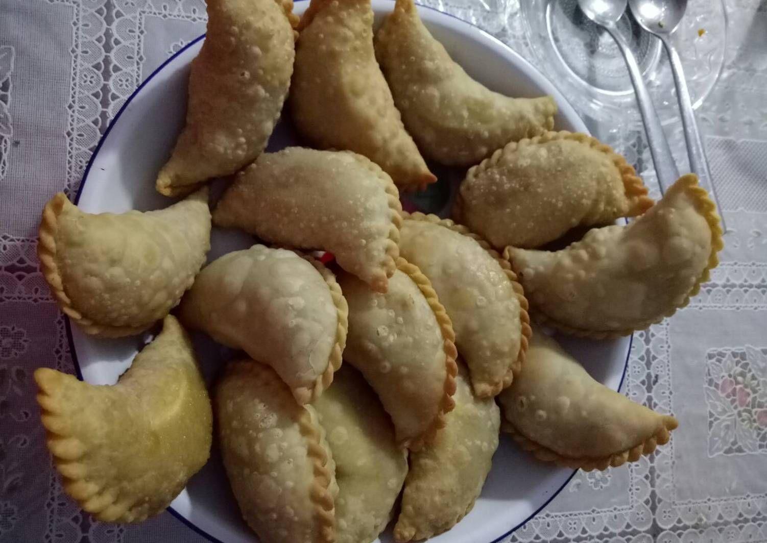 Resep Jalangkote Pastel Enak Gurih Asli Makassar Oleh Sofy Ssinz Resep Makanan Resep Pastel