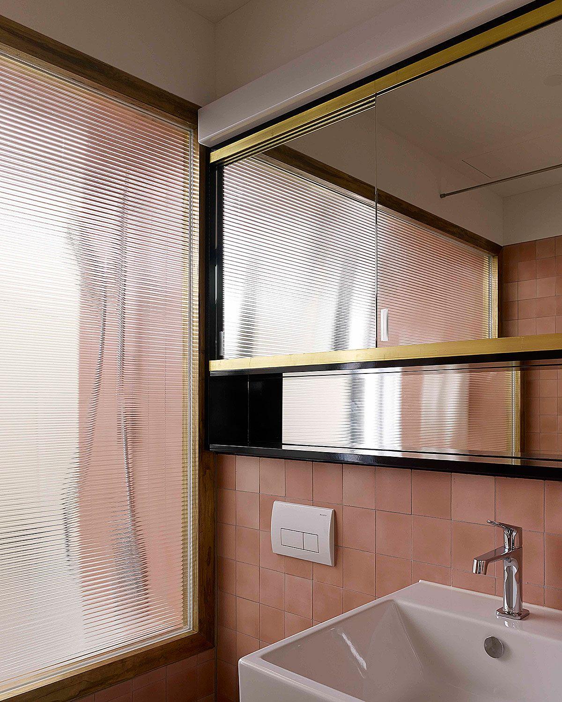 Hohes haus west z rich loeliger strub architektur innenraum in 2019 badezimmer bad und baden - Japanische innenarchitektur ...