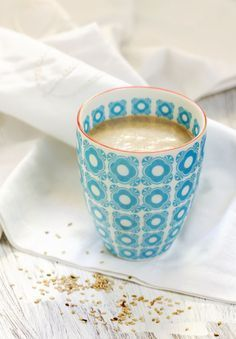 Hot and raw almond and sesame (vegan) drink Hot and raw almond and sesame (vegan) drink