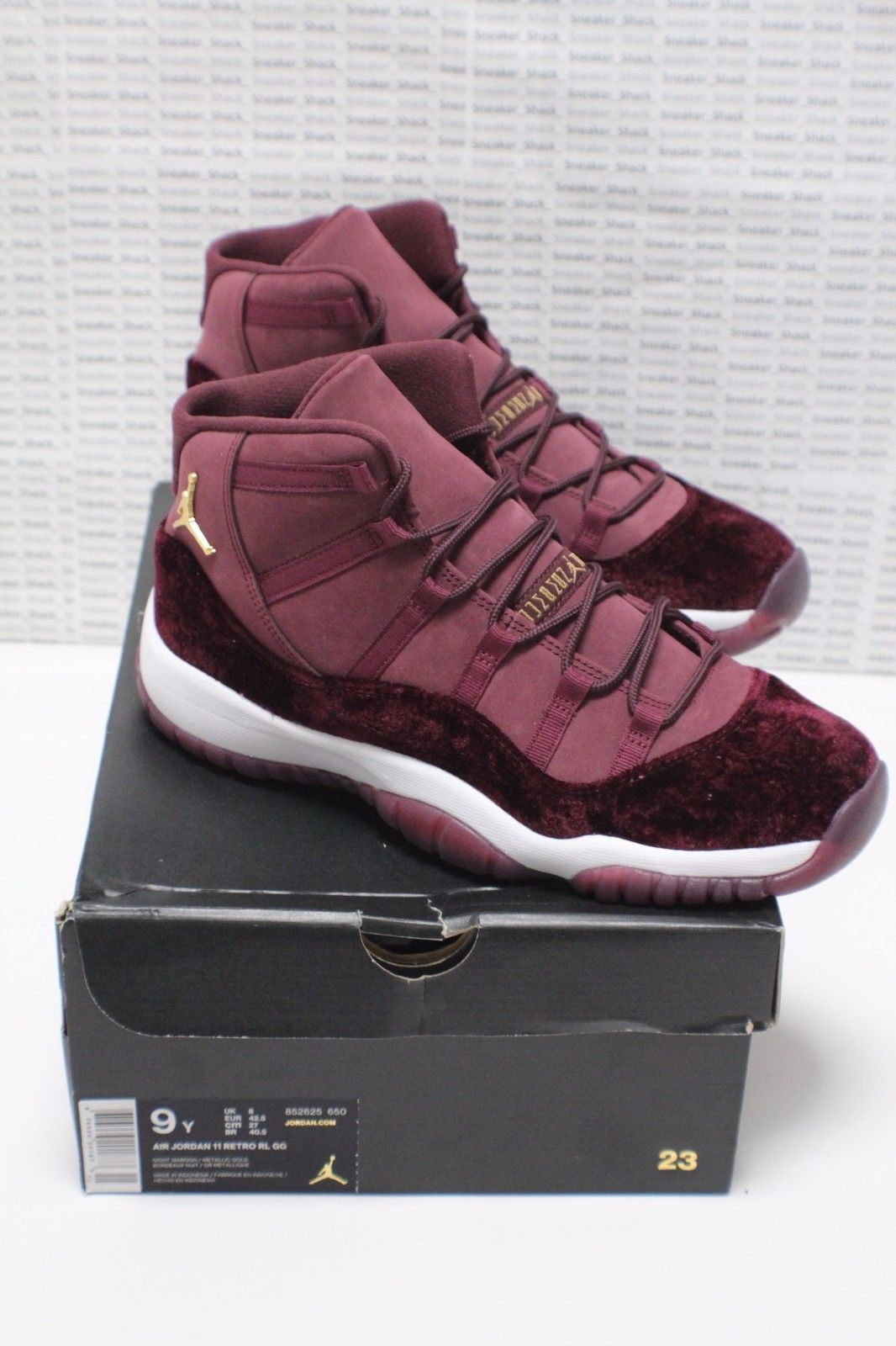 NIKE AIR JORDAN 11 XI RETRO GS HEIRESS SIZE 9 852625-650 MAROON RED VELVET