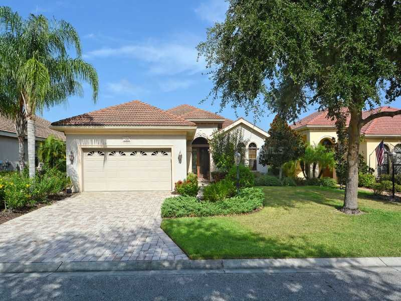 7428 Riviera Cv, Lakewood Ranch Property Listing MLS® #A3991792 - property sales contracts