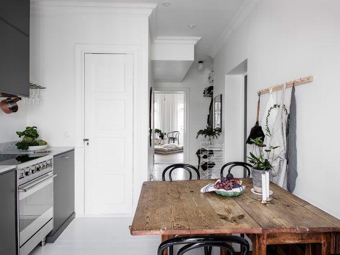 Colocar la estanter a string pocket a baja altura for for Bett scandinavian design