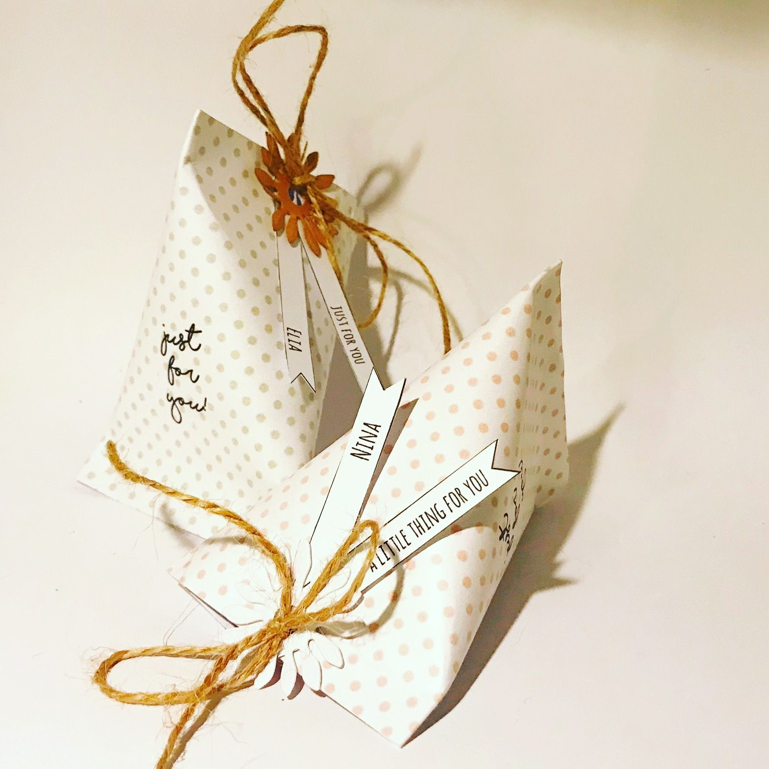 Piccole Scatoline Di Carta a simple way to say thank you! little boxes for your events