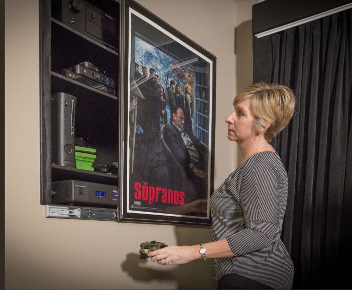 How To Hide Tv Wires Blu Ray Players And Hdtvs Hidden