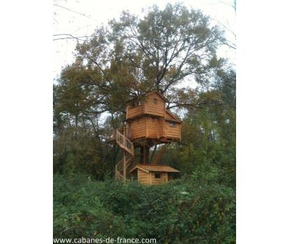 Les Cabanes Du Moulin Cabanes Spa Cabane Spa Cabane Cabane Dans Les Arbres