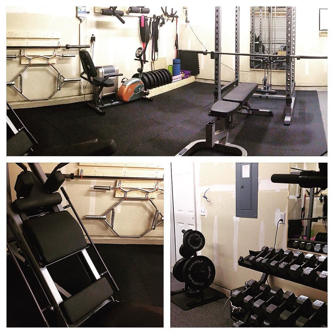 . Updated photos of the garagegym. . . Power rack w/ lat
