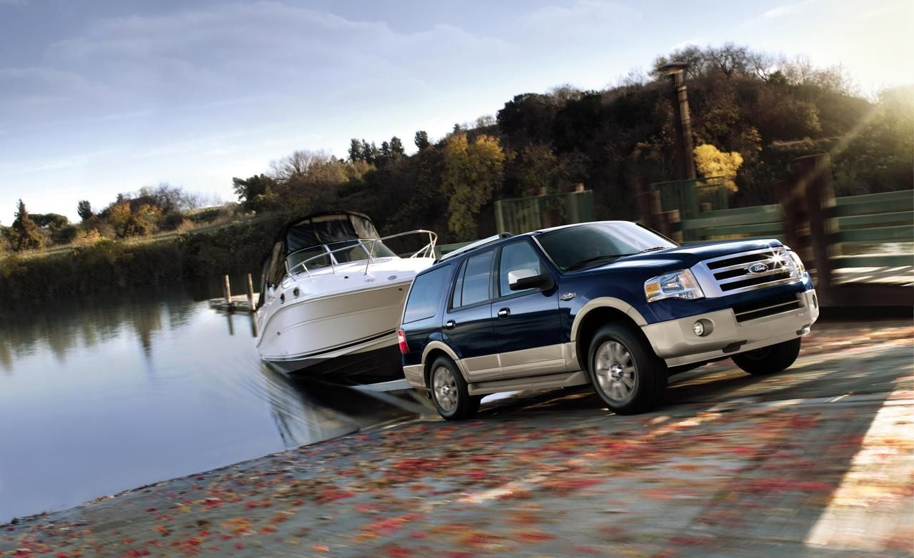 2013 king ranch ford expedition one in white please