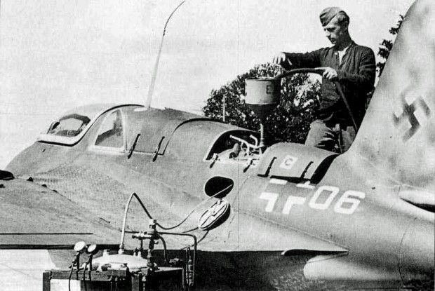 Messerschmitt Me 163 Komet, in pictures - http://www.warhistoryonline.com/war-articles/messerschmitt-163-komet-pictures.html