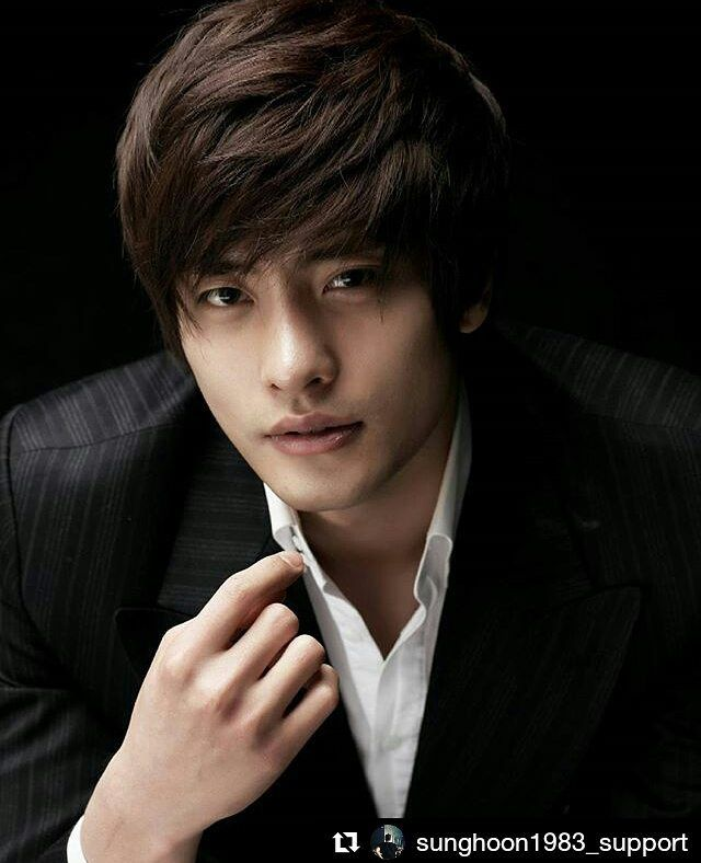 Корейские актеры картинки парней