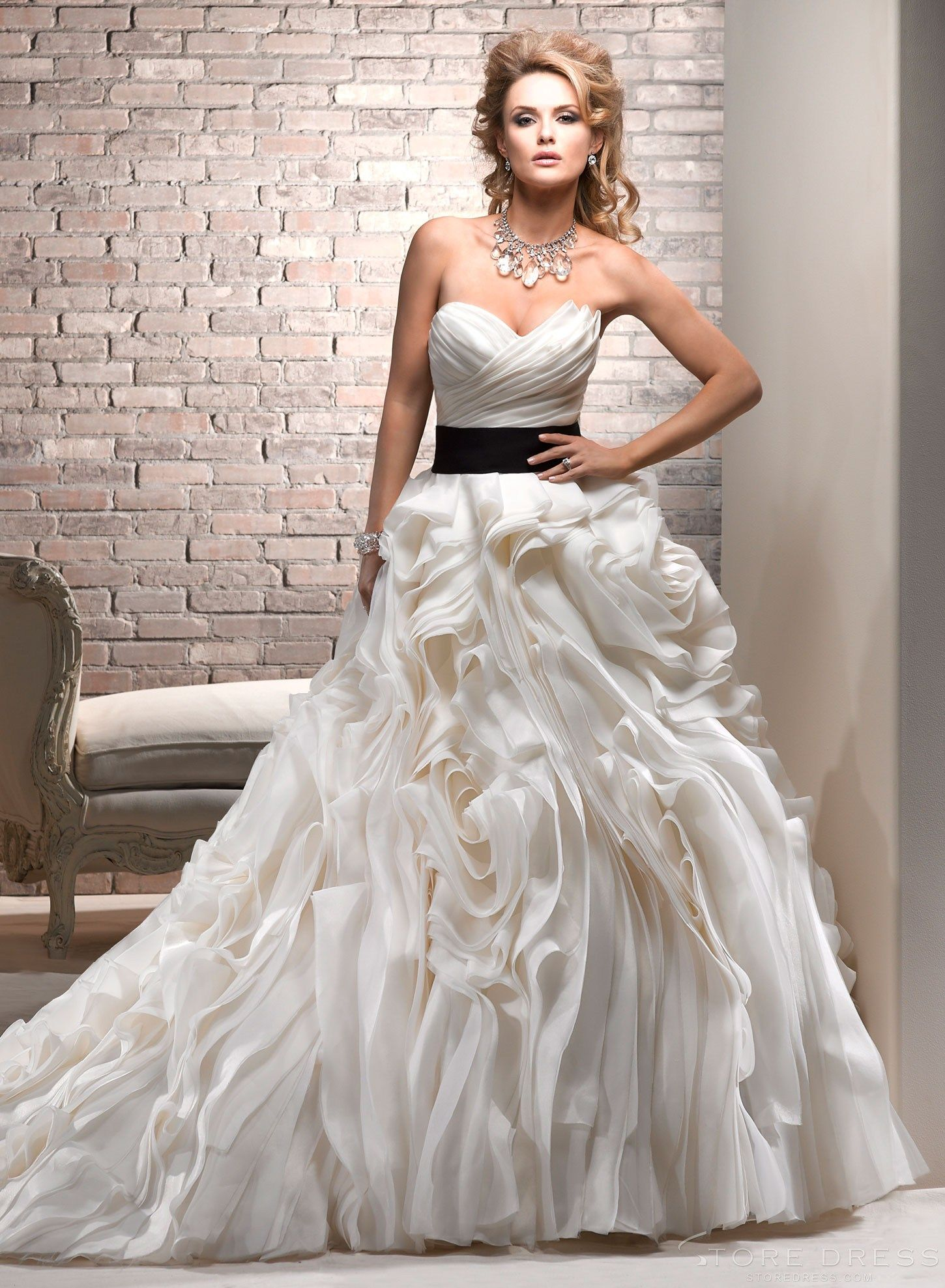 Irresistible new arrival style sweetheart wedding dress at