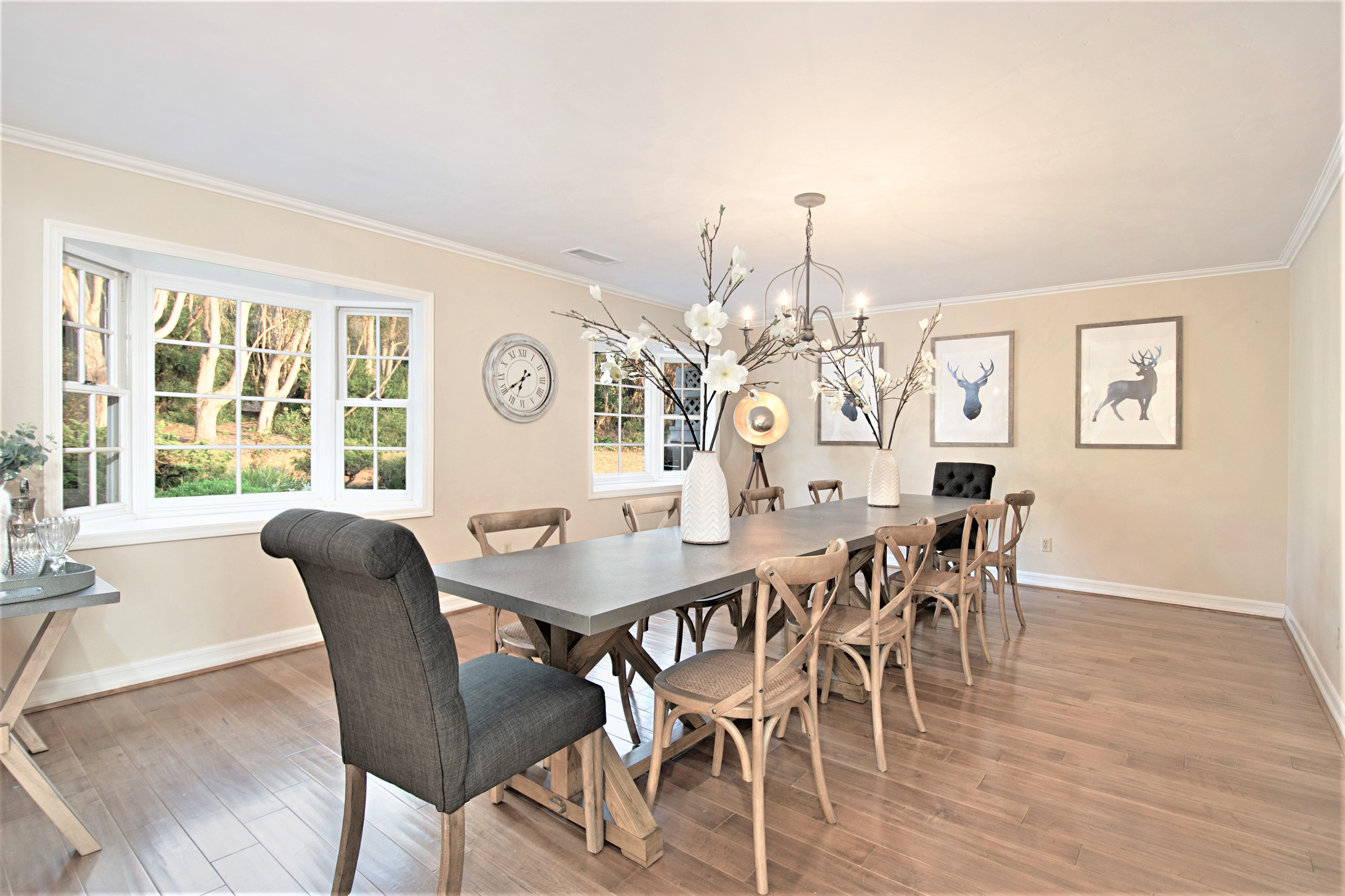Staging A Dining Room