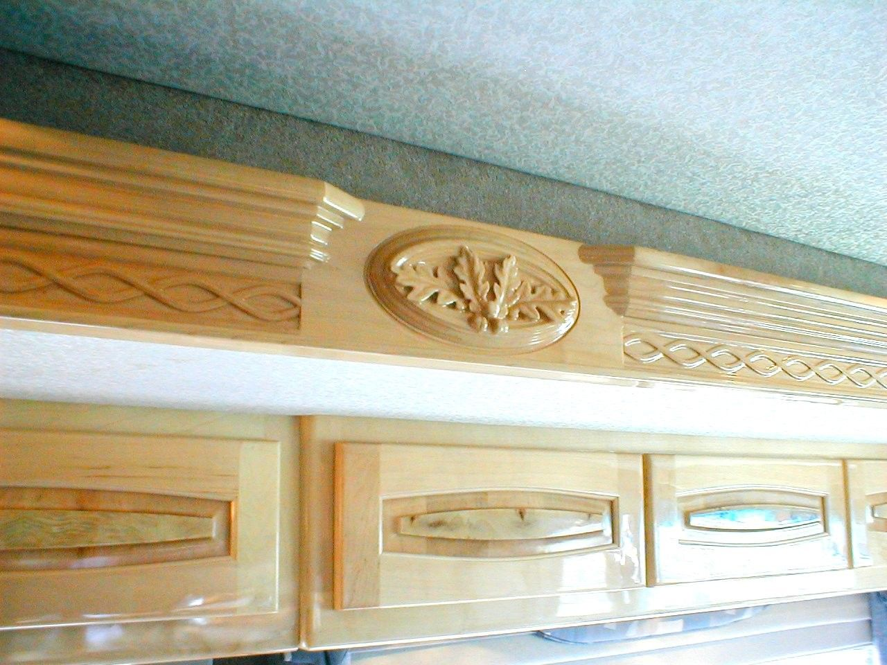 Elegant Wood Carved Oak Leaf And Acorn   RV Interior  Trim