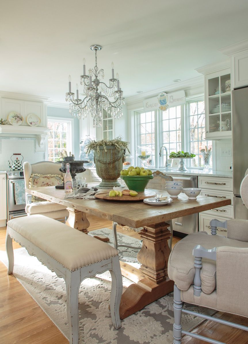 Love The Mixed Matched Chairs And The Bench With The Chunky Table Endearing Ideas To Decorate Dining Room Table Decorating Inspiration