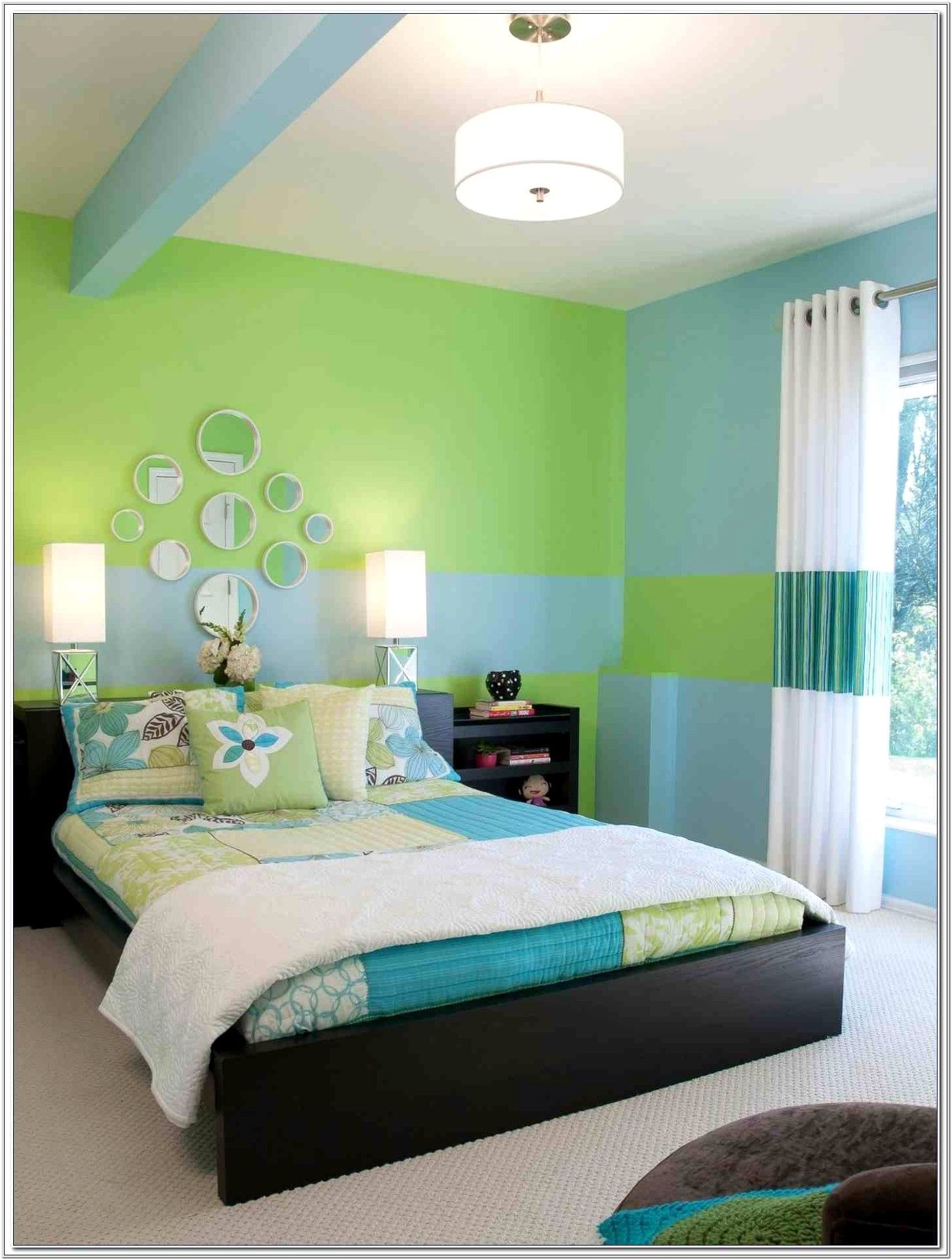Green And Blue Bedroom Decorating Ideas In 2020 Green Bedroom Decor Unique Bedroom Design Simple Room Decoration