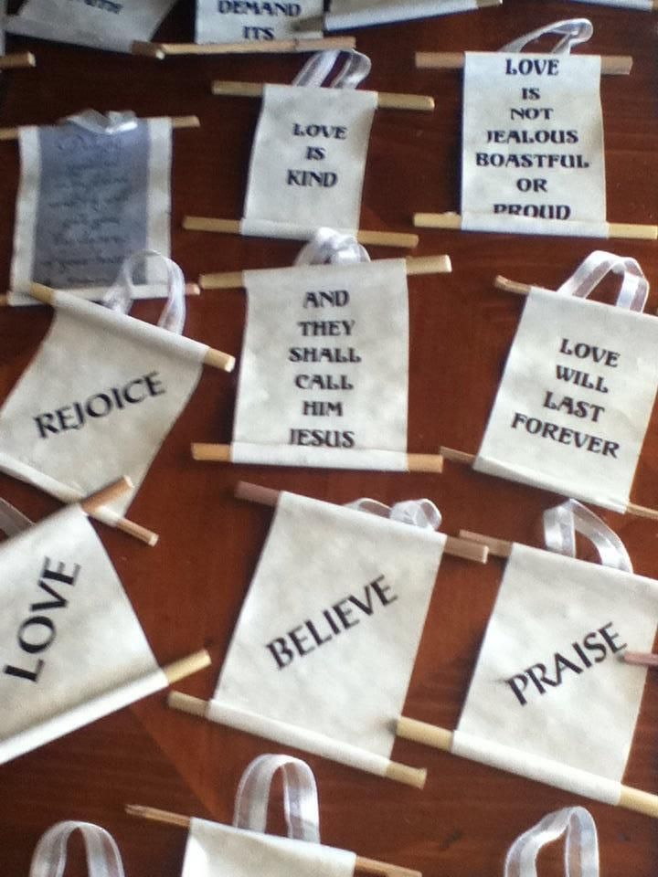 Enjoy Meaningful Homemade Christmas Ornaments When You