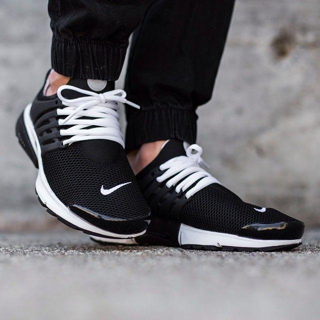 "huge selection of 97d5f 4c411 Titolo auf Instagram  ""Nike Air Presto Breeze Quickstrike   Black Black-White  drops tomorrow Saturday, 30th May instore first   titoloshop Berne   Zurich"""