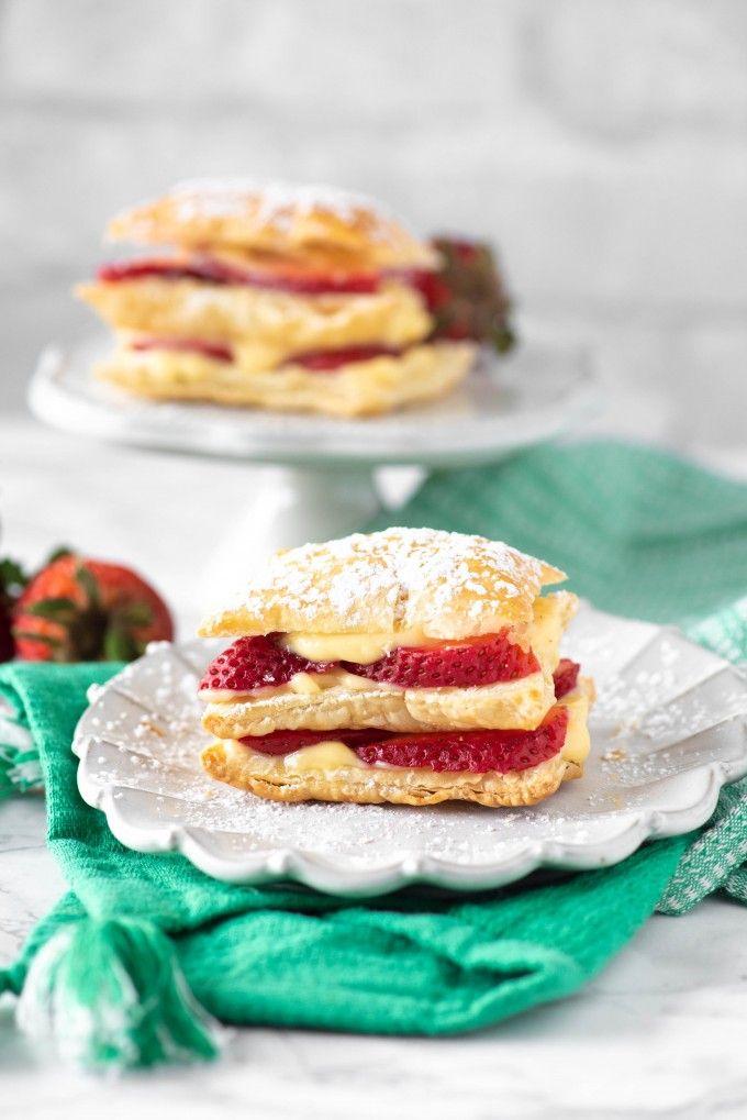 Easy Strawberry Napoleon Dessert Recipe with Puff Pastry