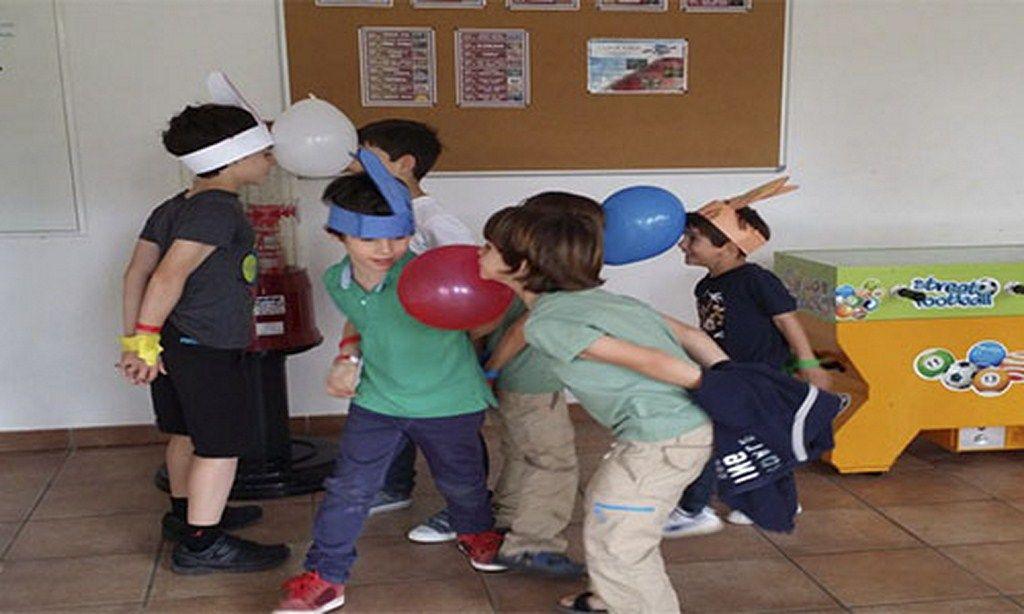 Resultado de imagen para juegos para niños al aire libre con globos
