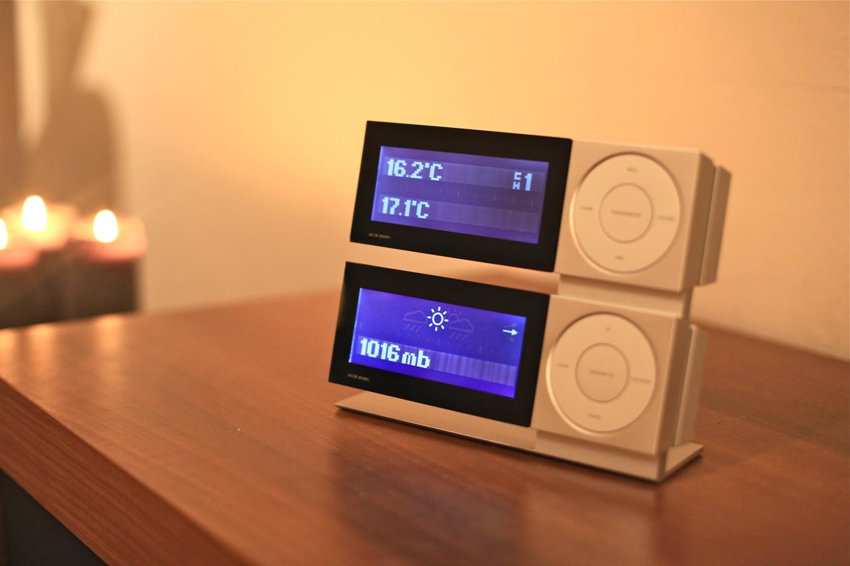 7badabce934 Jacob Jensen Serie II Set kopen? Modern vormgegeven weerstation met  thermometer, barometer, multisensor