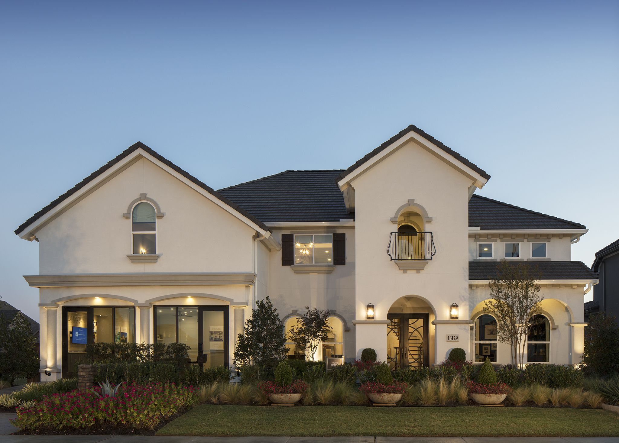 Today's FeatureFriday showcases Toll Brothers Lexington