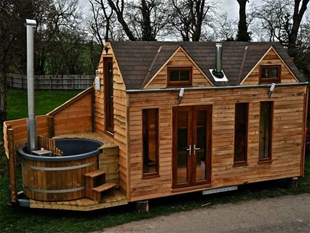 Glamper Tiny Houses Built With Hot Tubs For Luxurious Vacationing Log Cabin Mobile Homes Vacation House Plans Tiny House On Wheels