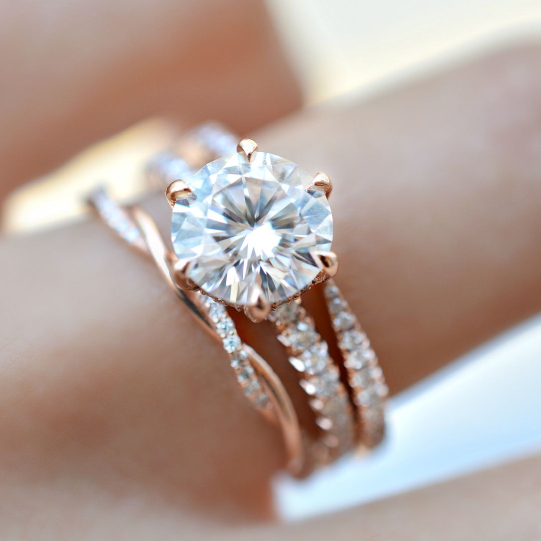 Fabulous diamond engagement ring