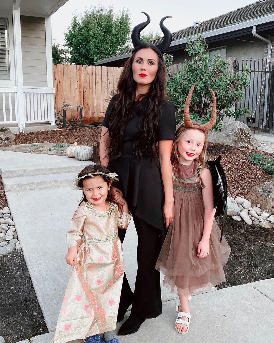 Maleficent costumes, Maleficent as a kid, aurora