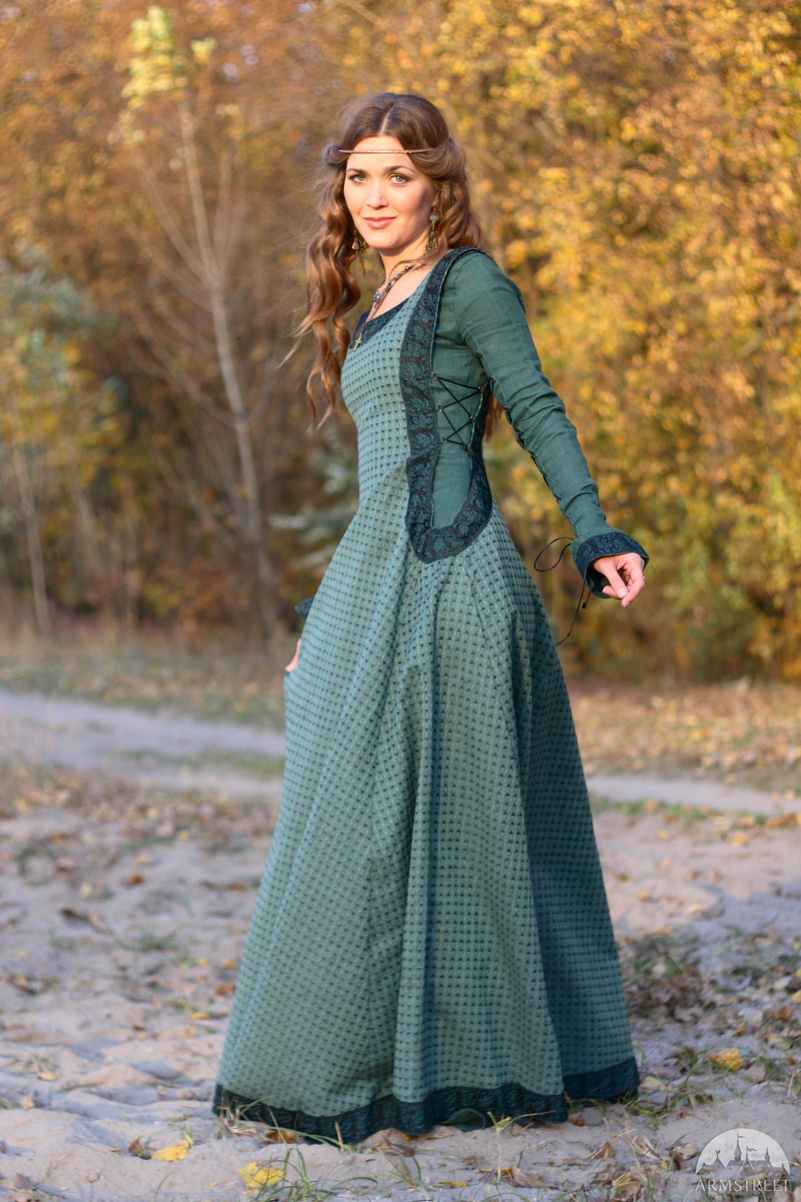 Medieval Linen Dress, Surcoat And Chaperone Costume ...