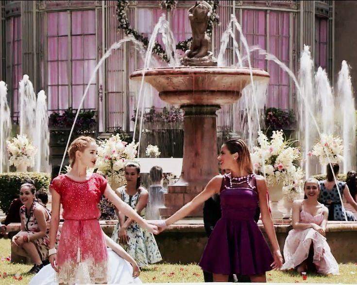 Ludmila y Violetta ❤️❤️❤️❤️ #Mercedes #Tini #GraciasMartina #GraciasMechi ❤️❤️❤️ #wewantvioletta4 #graciasvioletta #violetta4 #queremosvioletta4
