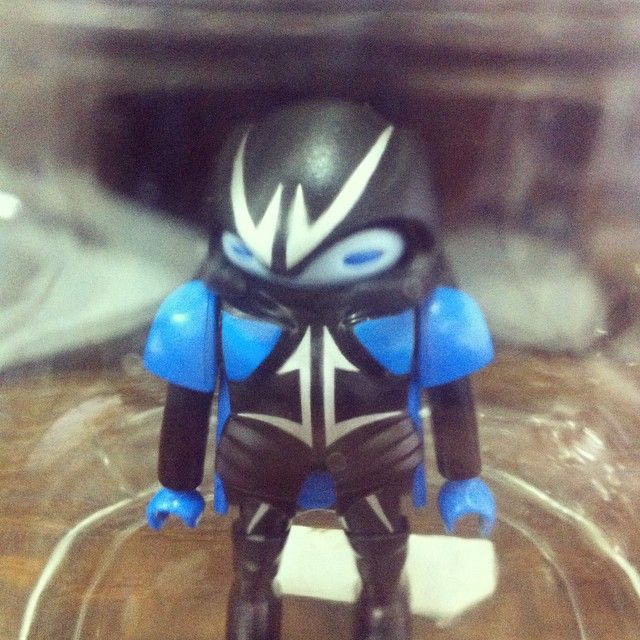 Hello... #playmobil #playmobilindo #alien #blue #jar #glass #distortion #toys #fun #creature