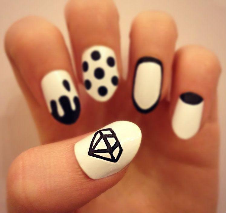 Nail Art Monochrome Nails Black And White Diamond Nails Drip Nails