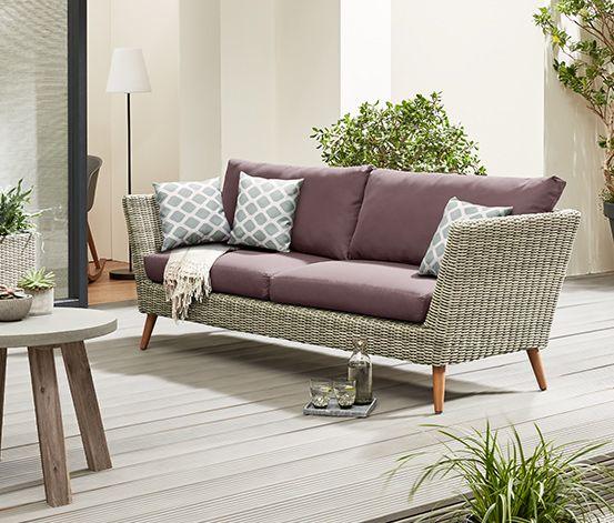 Wohnzimmer Unter Freiem Himmel Dieses Sofa Aus Hochwertigem Polyrattan Halbrundgeflecht  Im Edlen Look Ist Ideal