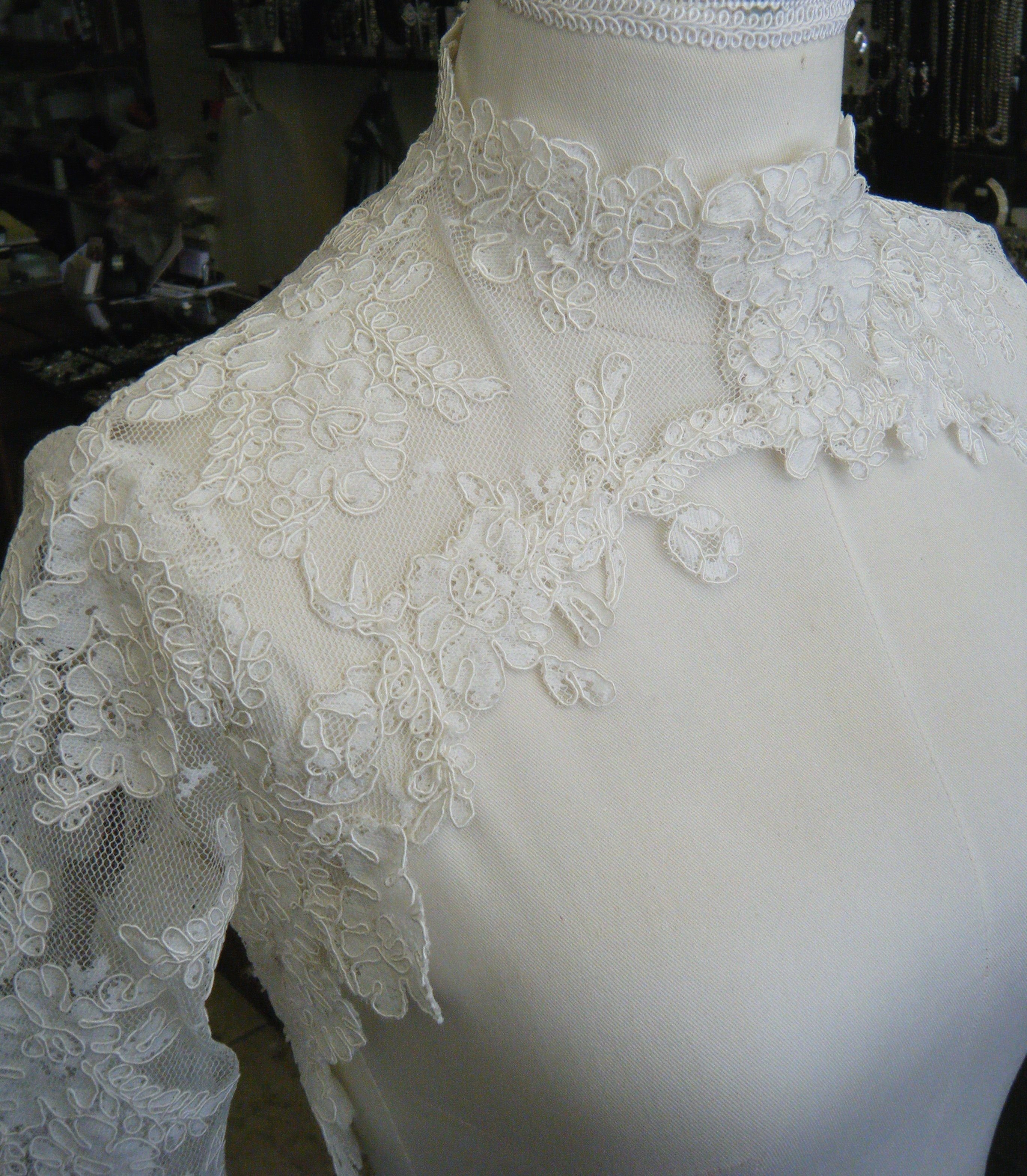 High fashion couture corded lace bolero ,,, WOW !!! find this at my Etsy shop:  IcoutureIcouture