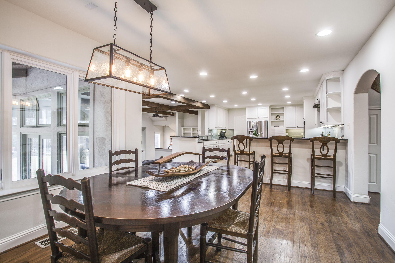 Simply love this kitchen Bob O Link Drive Lakewood