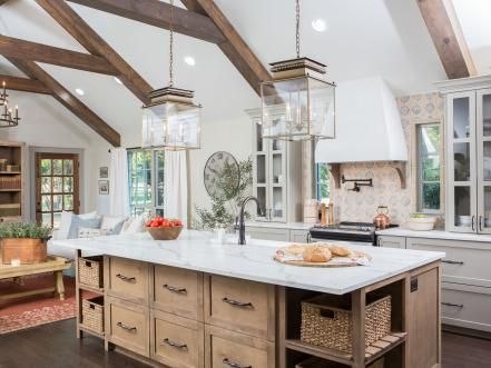Ordinaire Fixer Upper: A Rustic Italian Dream Home Home Design, Fixer Upper, Kitchen  Tiles