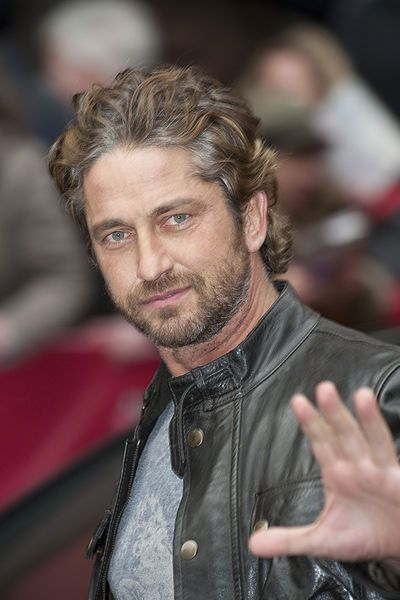 Gerard Butler Drops Out of POINT BREAK Remake