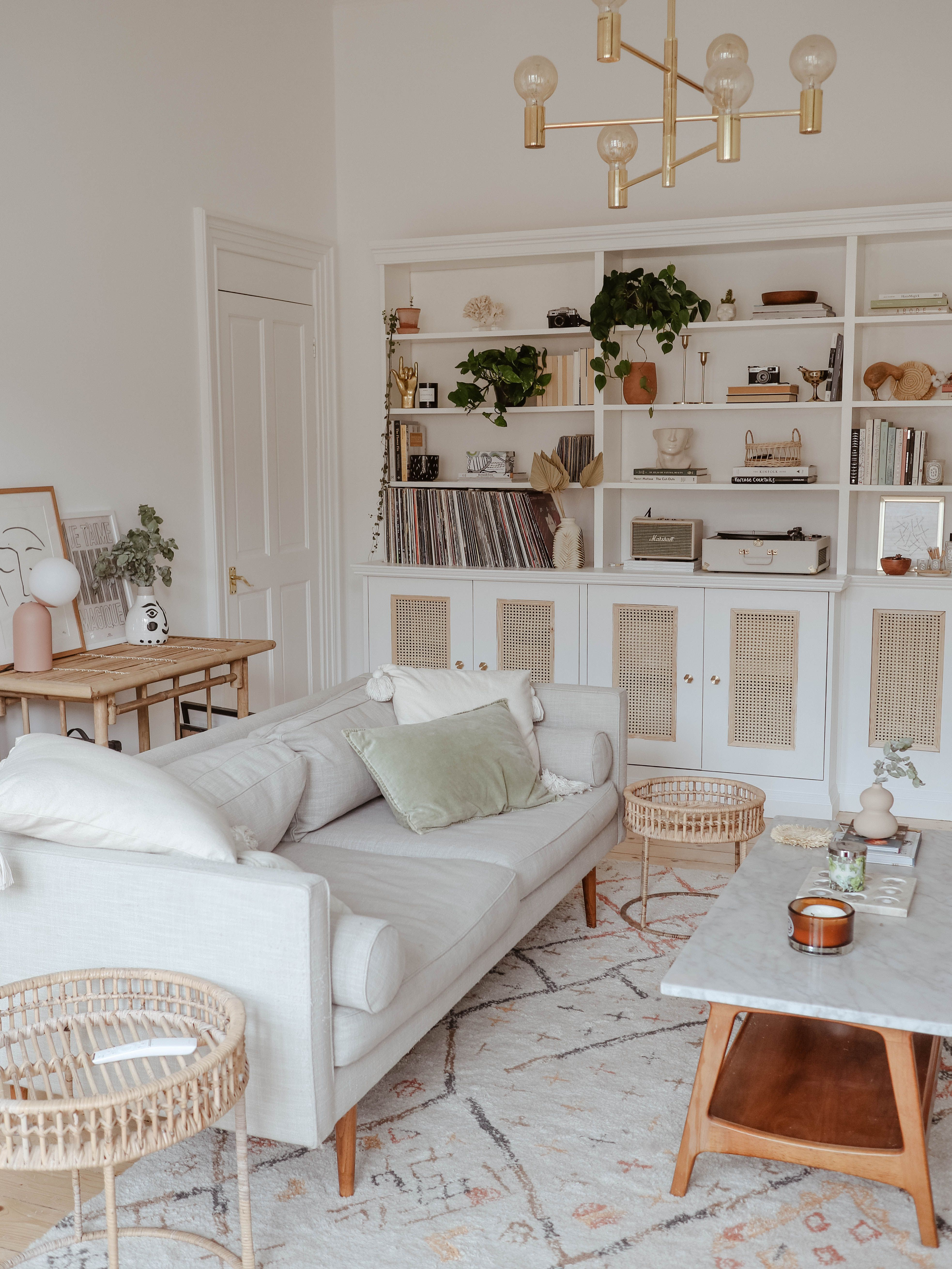 A Tour Of Our New Shelving. KATE LA VIE // living room