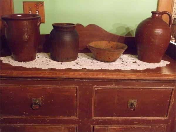 Poteries anciennes poteries qu b coises quebec pottery for Meuble antique quebecois