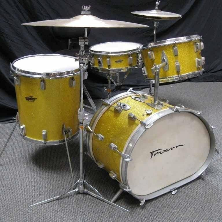 Trixon Drums. Cool conical tom and dual pitch bass drum. My brother had a  set like this in the seventies. Italian 8a6818e9c