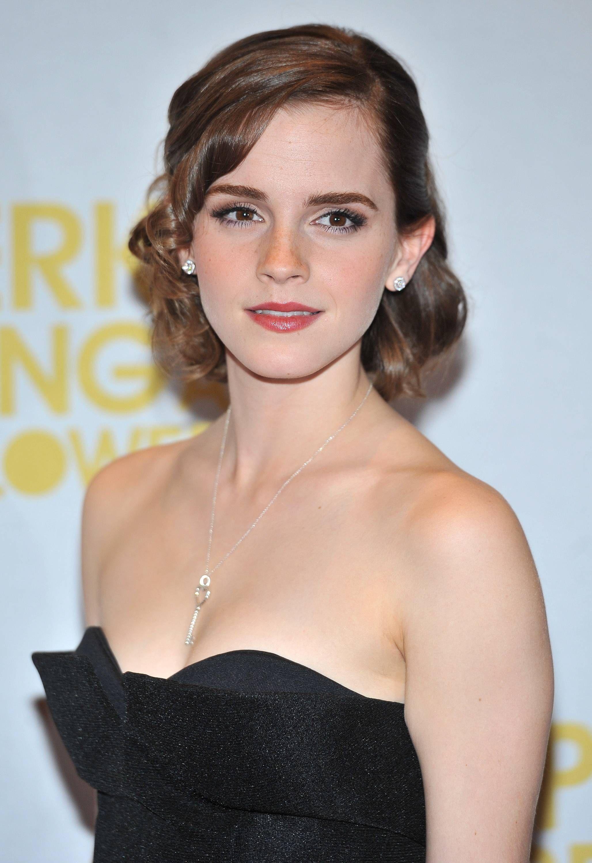 Anne Hathaway Emma watson beautiful, Emma watson, Emma