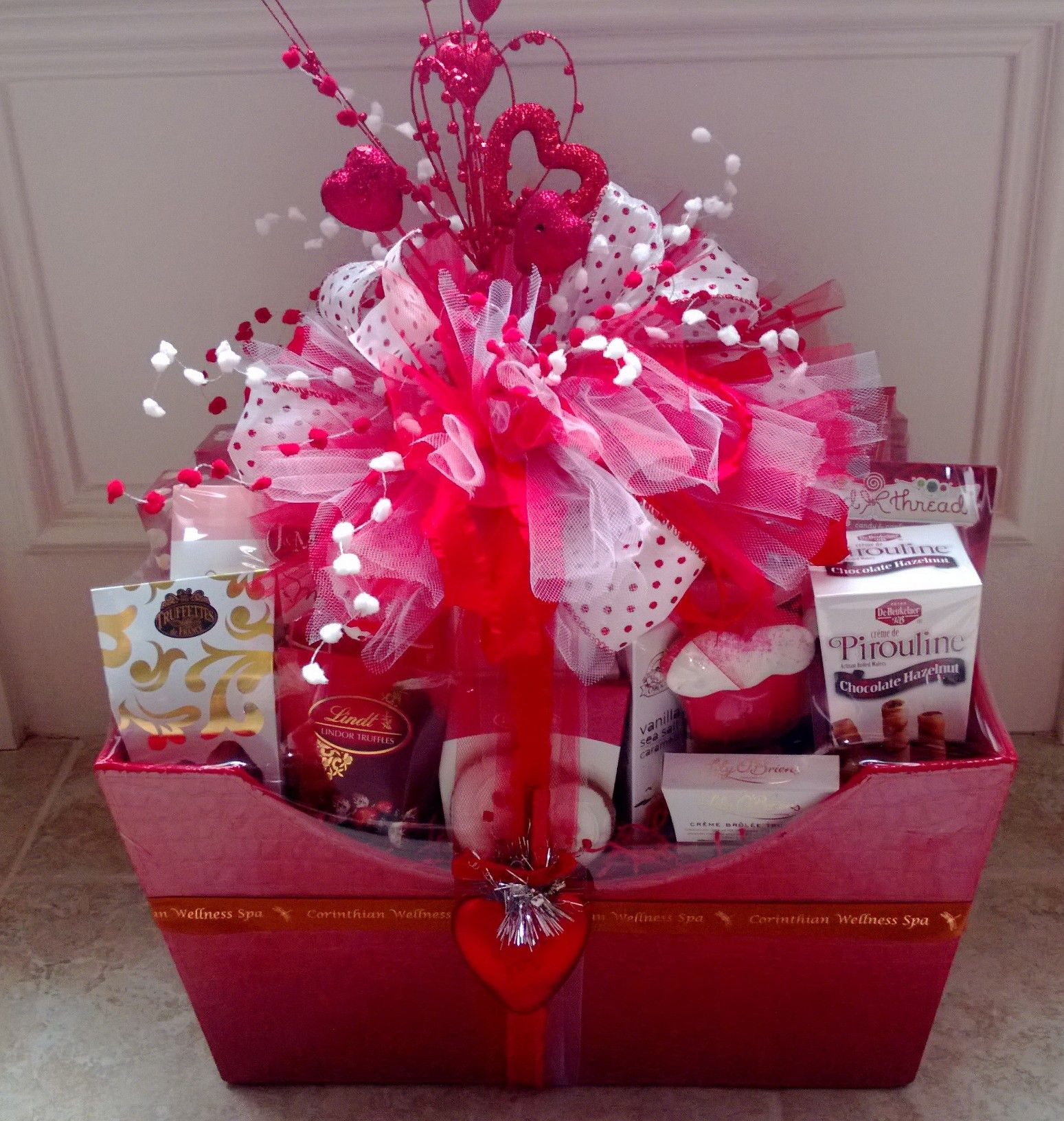 Valentines basket gift wrapping ideas pinterest gift basket valentines basket negle Image collections