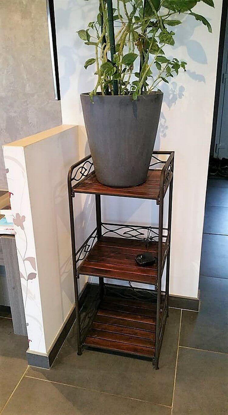 New Indoor Pot Stand