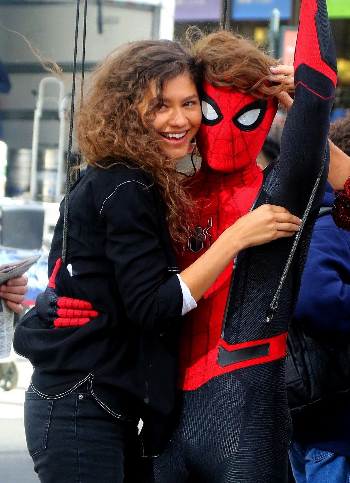 Tom Holland And Zendaya Spiderman Far From Home Tom Z Spider