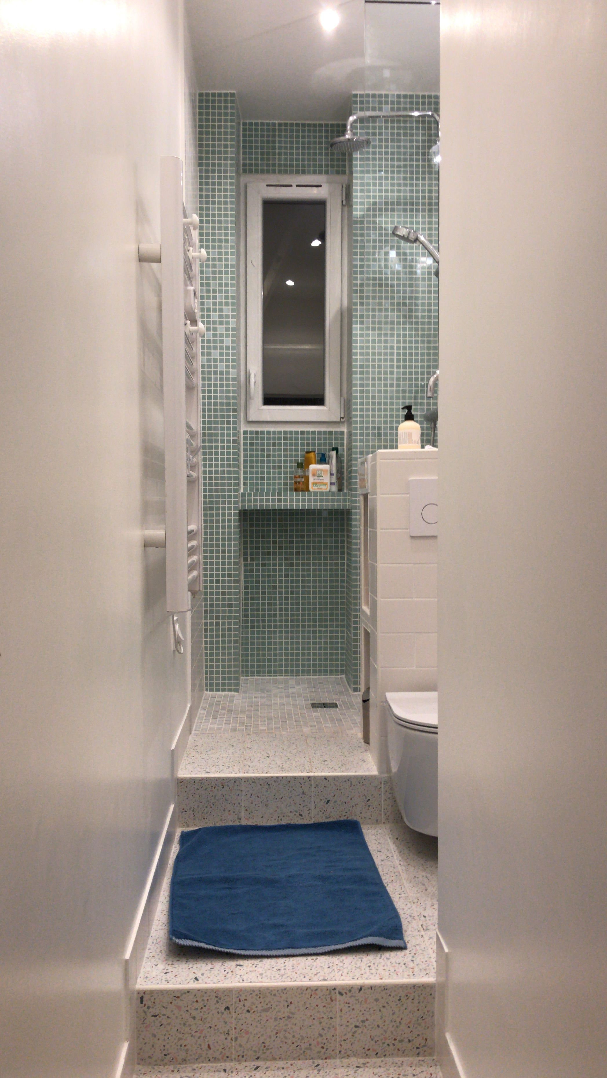 Petite salle d\'eau avec WC, 1 m de largeur. Mini salle d\'eau wc ...