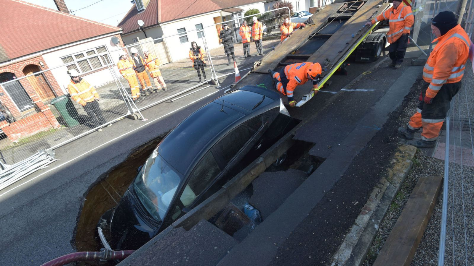 Uk Weather Sinkholes Open Up In Storm Ciara Aftermath Uk