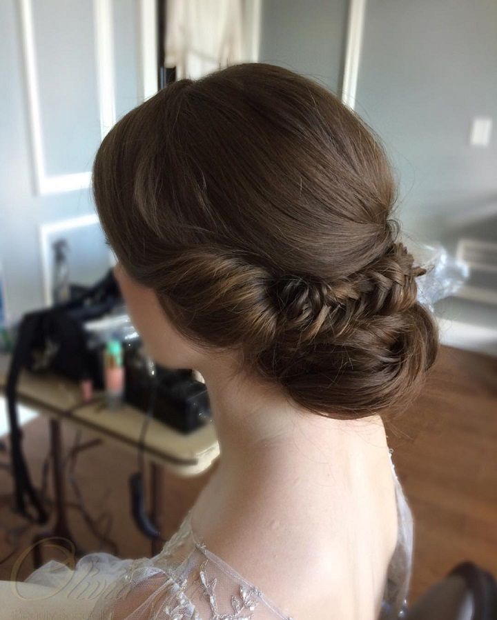 Wedding hairstyles for long hair - take a look at our top 3 bridal looks for long hair this year,Wedding hairstyles for long hair : Intricate braided updos